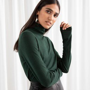 & Other Stories Green Thin Wool Knit Turtleneck